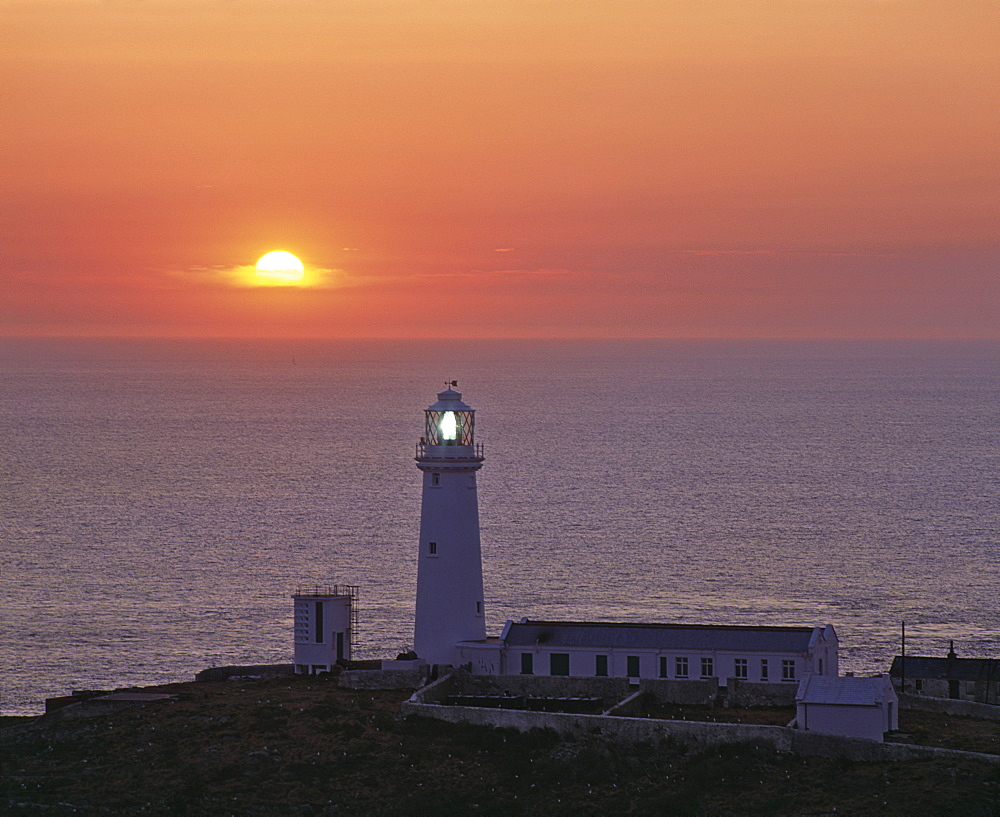 South Stack lighthouse on the western tip of Holy Island, Anglesey, North Wales, United Kingdom, Europe - 16-3251