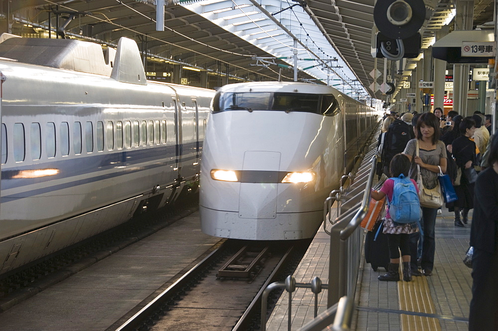 Shinkansen (Bullet) train at Shin-Osaka station, Kyushu, Japan, Asia - 16-3274