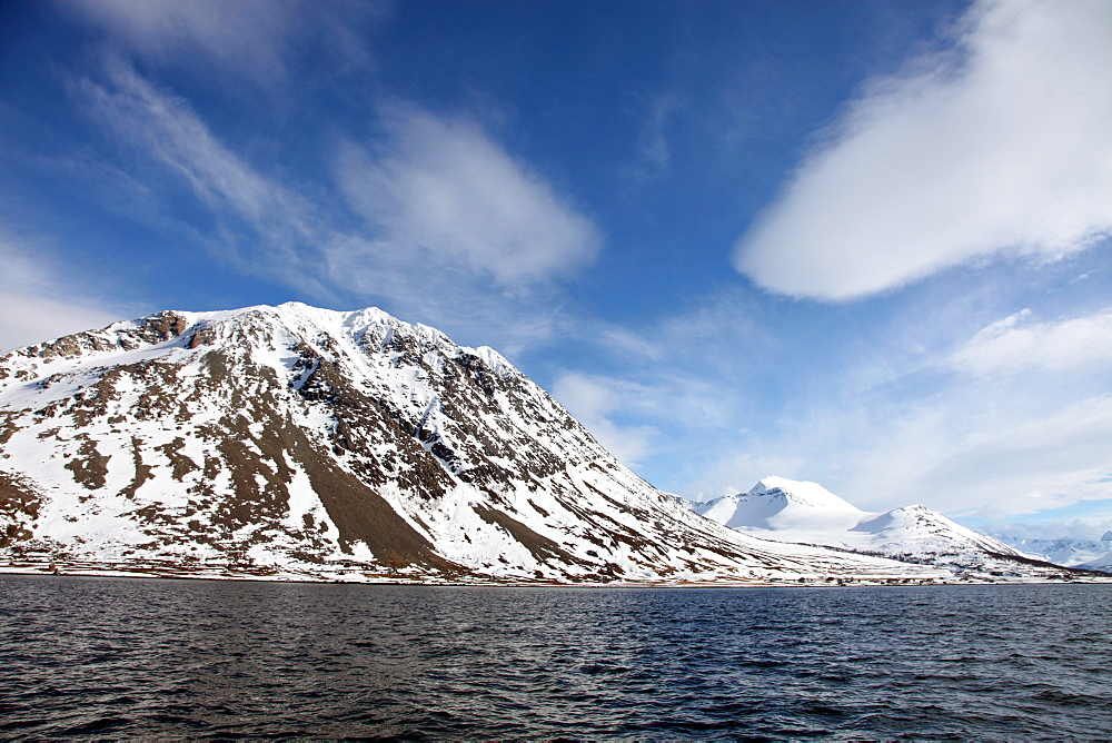 Lyngen Alps, from Ullsfjord, Troms, arctic Norway, Scandinavia, Europe - 166-5442