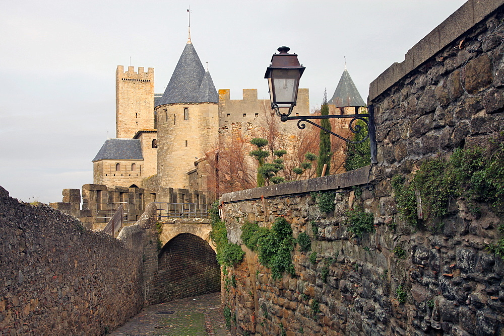 The ancient fortified city of Carcassone, UNESCO World Heritage Site, Languedoc-Roussillon, France, Europe  - 166-5507