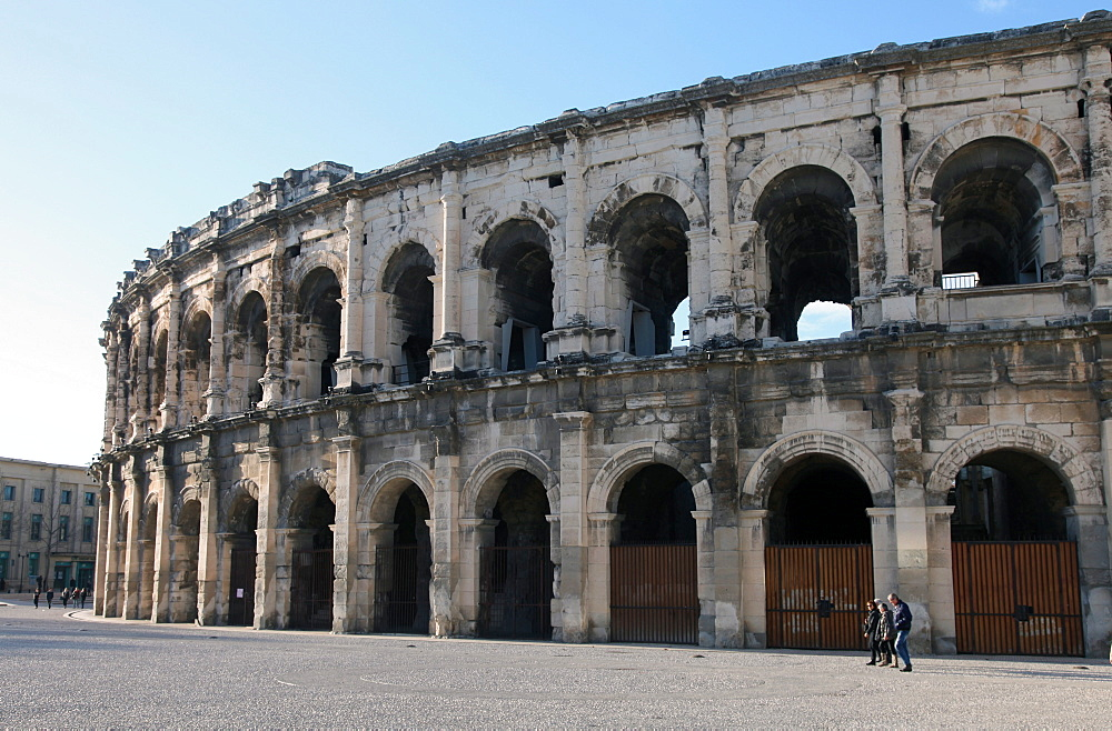 Roman amphitheatre, Nimes, Gard, Languedoc-Roussillon, France, Europe  - 166-5510