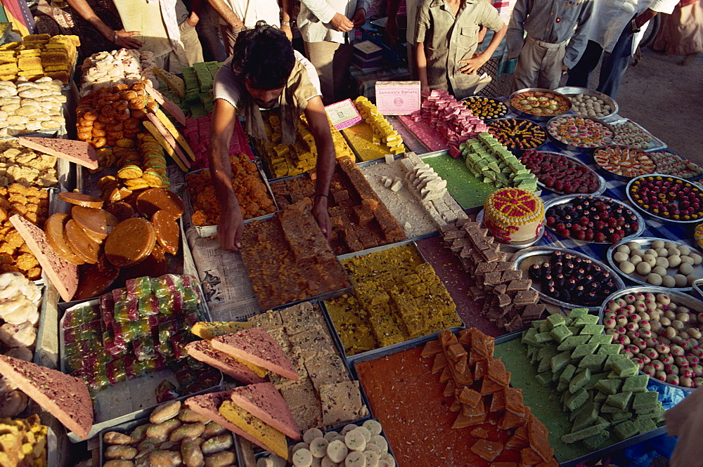 Sweet shop, Ahmedabad, Gujarat state, India, Asia