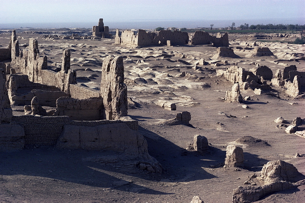 Ruins of Jiaone (Jiaohe), old capital on the Silk Road, dating from 1st century AD, Turpan Depression, Xinjiang Autonomous Region, China, Asia
