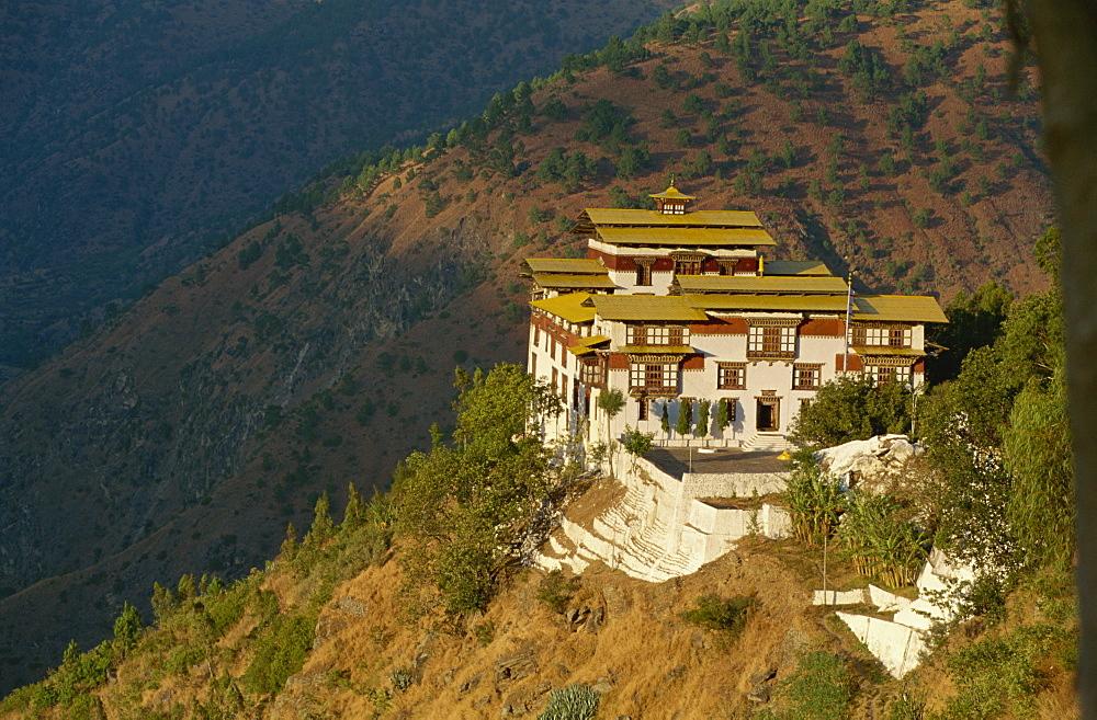 Tashigang Dzong, Bhutan, Asia - 188-6068