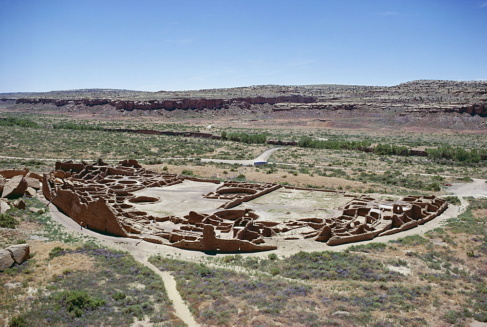 Pueblo Bonito  from 1000-1100 AD, Anasazi site, Chaco Canyon National Monument, New Mexico, United States of America (U.S.A.), North America