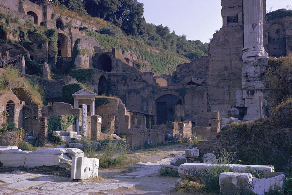 Ruins of Pompeii, destroyed in volcanic eruption of AD 79, Pompeii, UNESCO World Heritage site, Campania, Italy, Europe