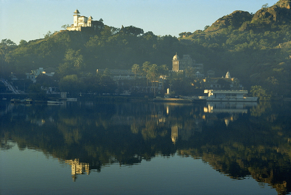 Lake Nakk, Mount Abu, Rajasthan state, India, Asia - 2-16159