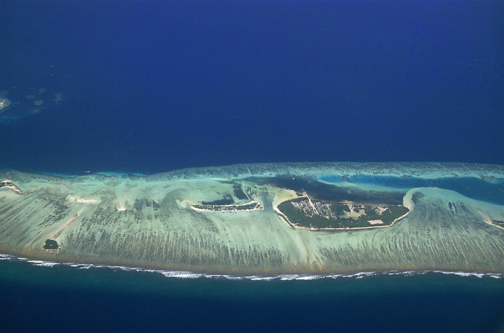 Little Hura on left and Big Hura on right, Male Atoll, Maldive Islands, Indian Ocean, Asia