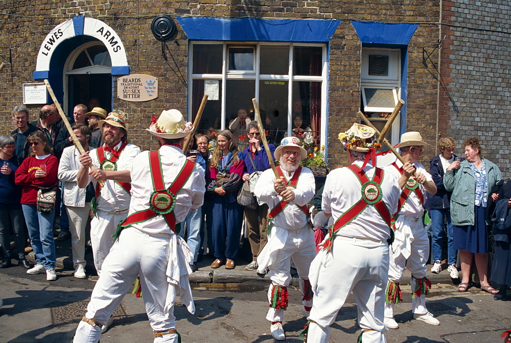 Chanctonbury ring of Morris dancers outside the Lewes Arms pub, Lewes, Sussex, England, United Kingdom, Europe