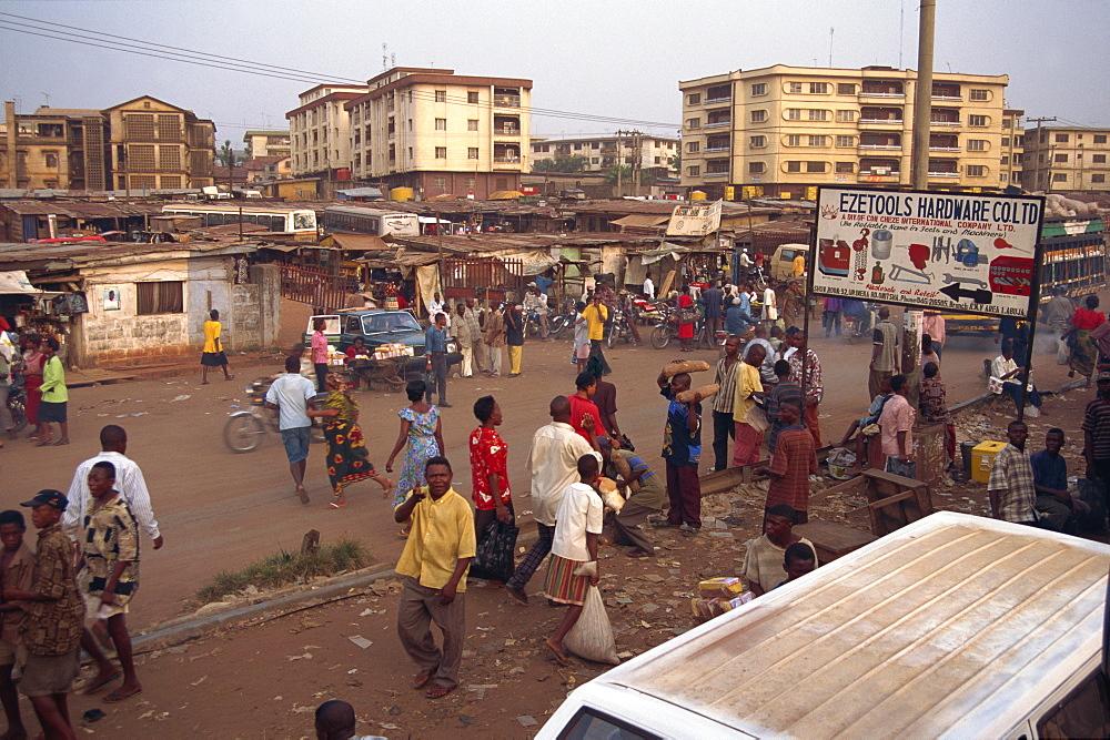 Street scene, Onitsha, Nigeria, West Africa, Africa - 225-3470
