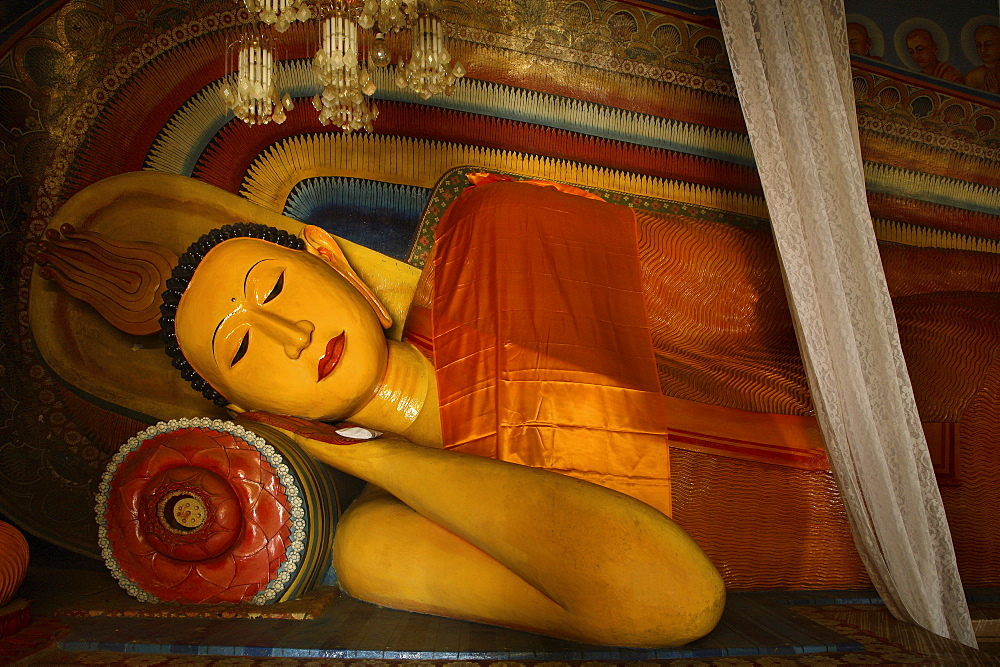 Reclining Buddha, Subodharama Temple, dating from the mid 19th century, Dehiwala, Colombo, Sri Lanka, Asia