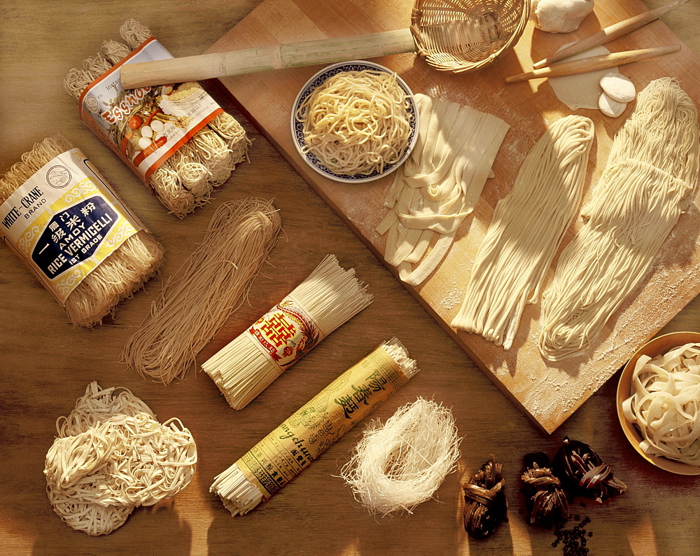 Various kinds of Chinese noodles, China, Asia