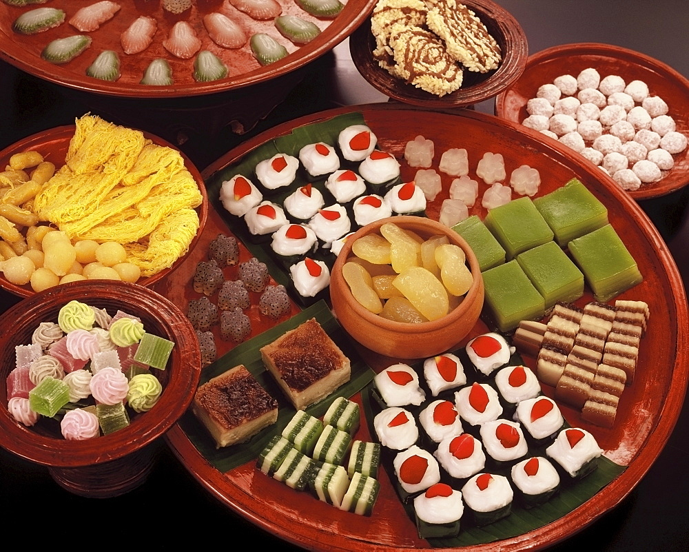 A variety of Thai sweets, made from coconut cream, egg yolk and sweet tapioca, Thailand, Southeast Asia, Asia
