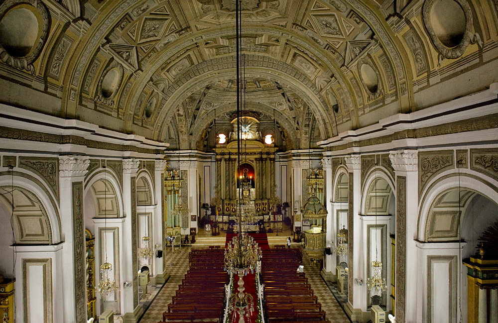 Interior of San Augustin church, the oldest church in Manila dating from 1607, which survived American bombing, UNESCO World Heritage Site, Philippines, Southeast Asia, Asia