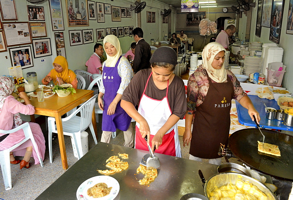 Muslim shop serving martabak, a kind of Malaysian-Indian pancake, Phuket town, Thailand, Southeast Asia, Asia