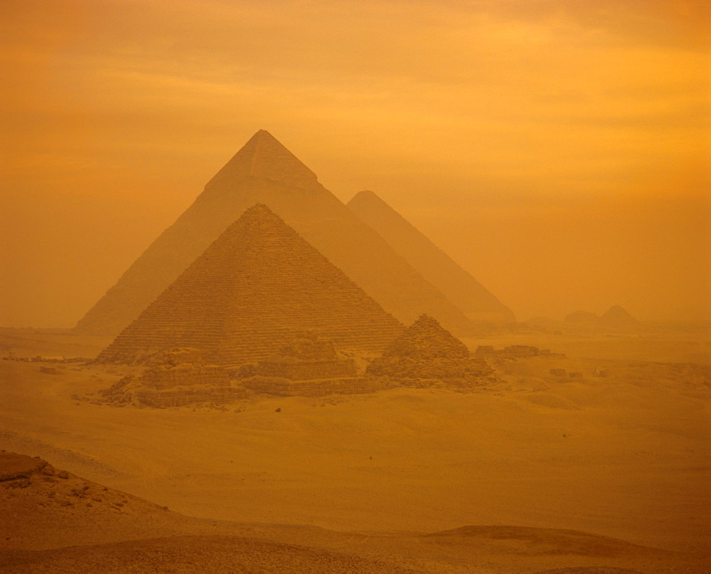 The Pyramids, Giza, UNESCO World Heritage Site, near Cairo, Egypt, North Africa, Africa - 251-110