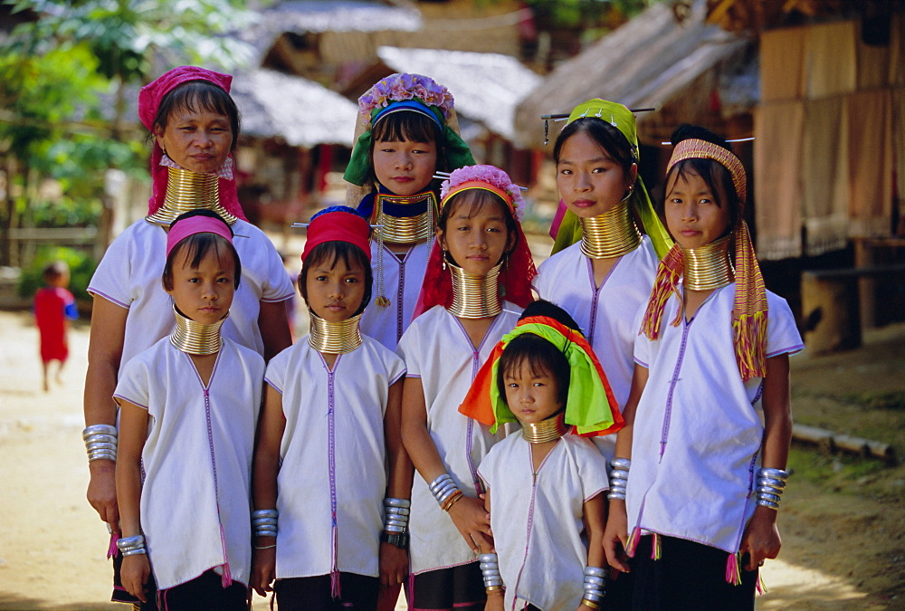 Group of 'Long necked' Padaung tribe villages, Mae Hong Son Province, northern Thailand, Asia