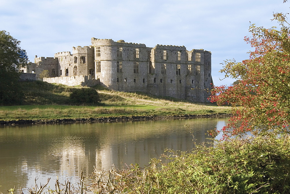 Carew Castle, built in the 12th century and abandoned in 1690, Pembrokeshire, Wales, United Kingdom, Europe - 253-3632
