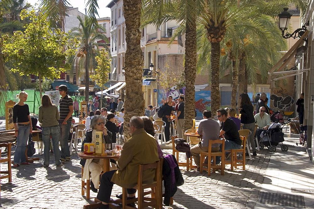 Outdoor cafe, Plaza Nueva, Granada, Andalucia, Spain, Europe - 253-3643