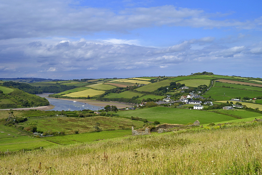 View of the Devon coast from Bantham to Thurlestone, the South Hams, from the South West Devon footpath, Devon, England, United Kingdom, Europe