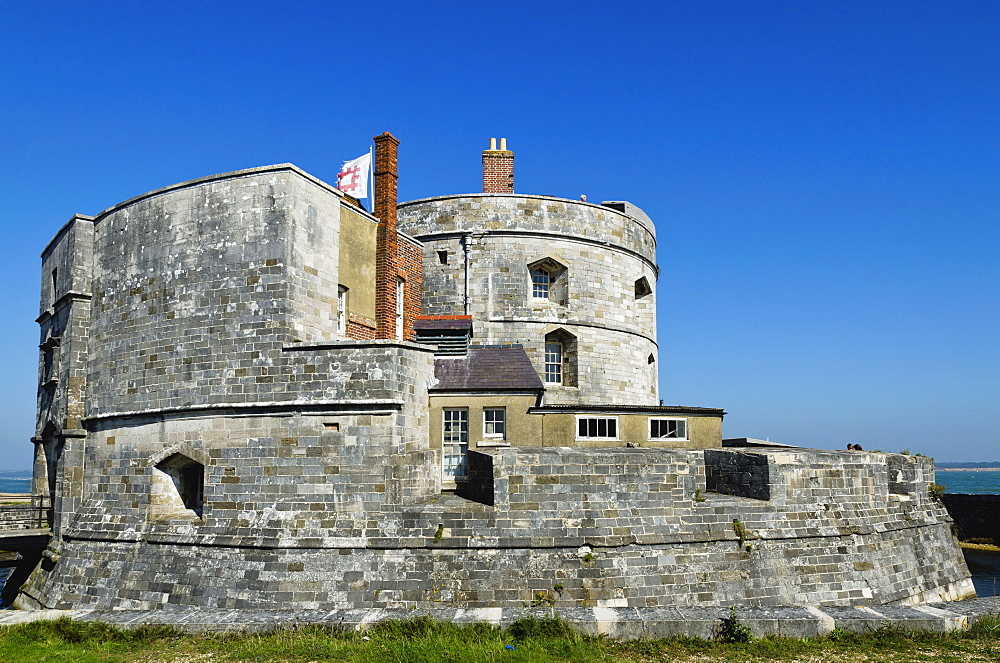 Calshot Castle fort, Solent, Hampshire, England, United Kingdom, Europe - 255-8957