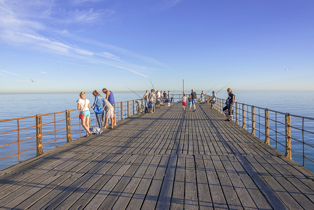 The seaside resort of Bognor Regis, West Sussex, England, United Kingdom, Europe - 255-8987