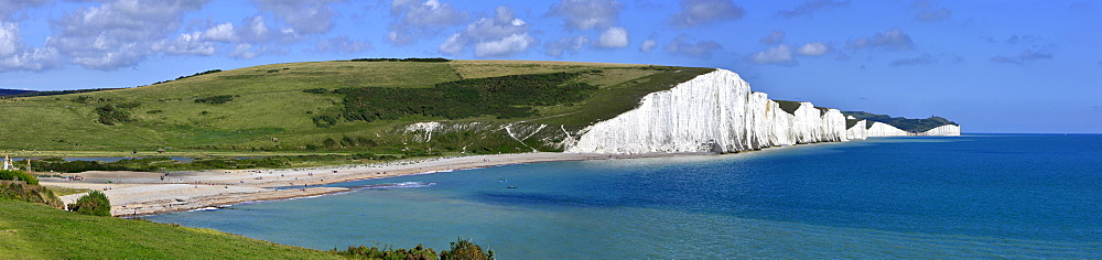 Cuckmere Haven and the Seven Sisters chalk cliffs, from the South Downs Way, East Sussex, England, United Kingdom, Europe  - 255-9003