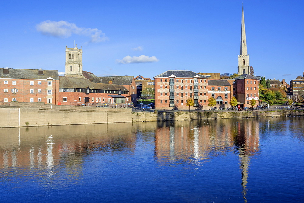 The River Severn, Worcester, Worcestershire, England, United Kingdom, Europe - 255-9010