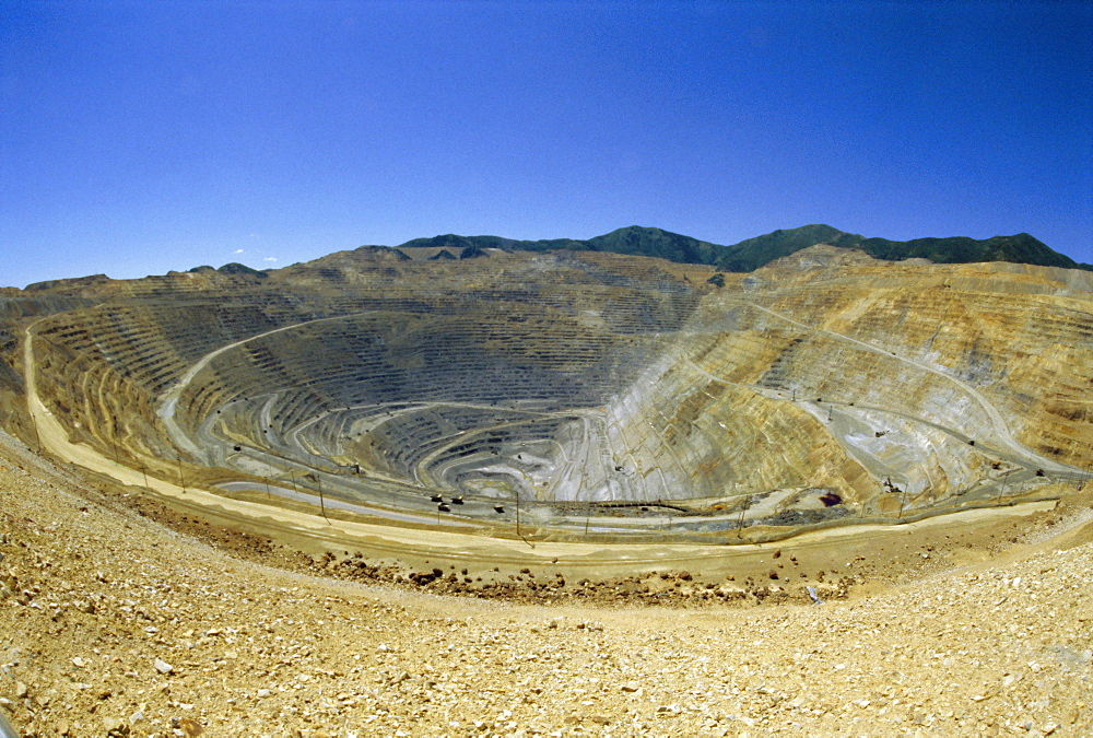 Open pit mine, the largest in the world, pit is 3800m across and 720m deep, Bingham Canyon Copper Mine, Utah, USA