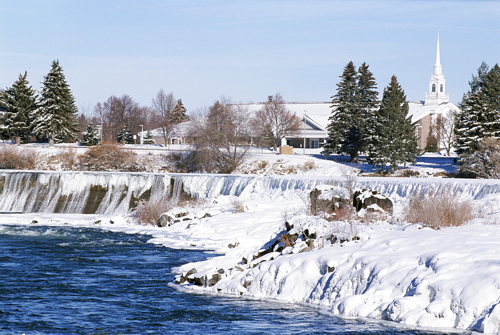 Waterfall on Snake River in January, Idaho Falls, Idaho, United States of America (U.S.A.), North America