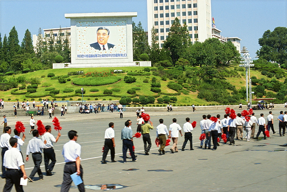 Large picture of Great Lerader and car-less people walking, Pyongyang, North Korea, Asia