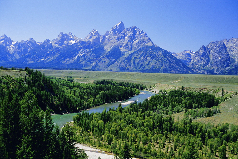 The Snake River cutting through terrace 2000m below summits, Grand Teton National Park, Wyoming, USA, North America