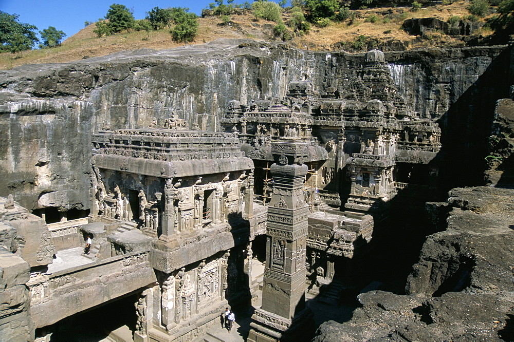 Kailasa Hindu temple, 1200 years old, carved in in-situ basalt bedrock, Ellora, UNESCO World Heritage Site, Maharashtra, India, Asia