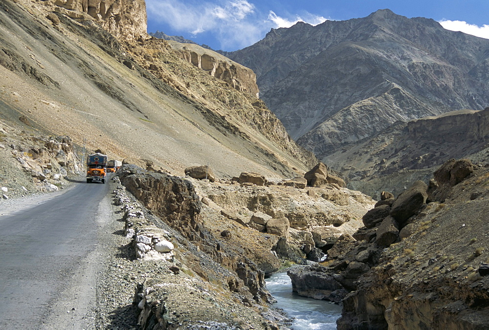 Srinagar-Leh road in Yapola Gorge, from Lamayuru down to Indus Valley, Ladakh, India, Asia