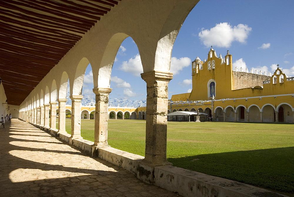 Santuario de la Virgen de Izamal, Convento de San Antonio de Padua, Izamal, Yucatan, Mexico, North America