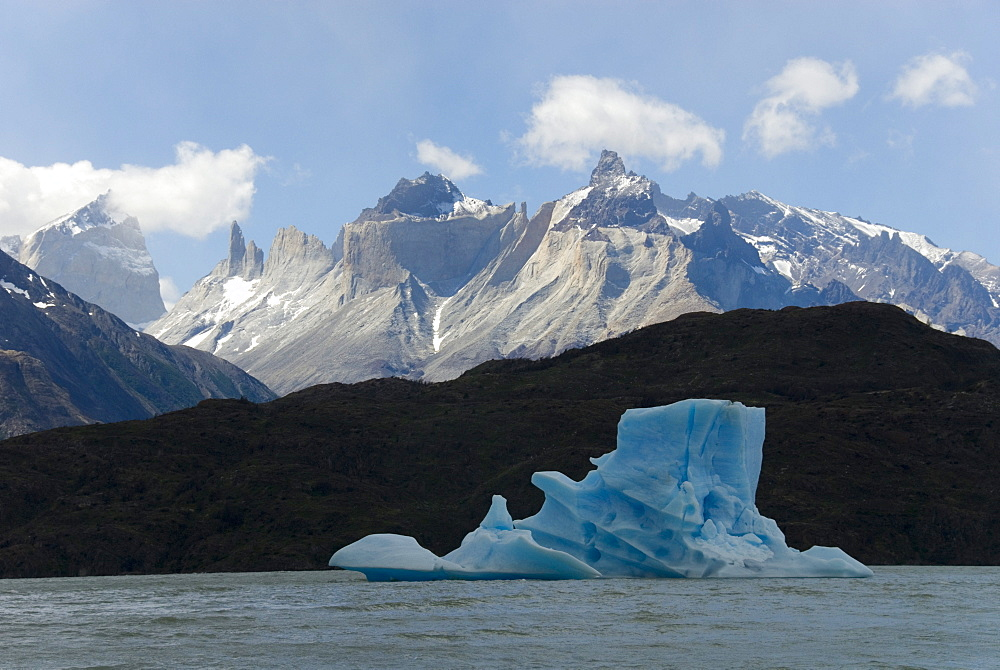 Monte Almirante Nieto, with iceberg on Lago de Grey, Torres del Paine National Park, Patagonia, Chile, South America