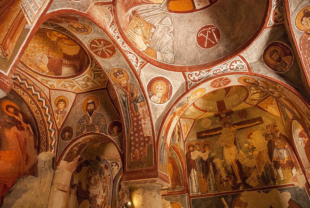 Apple Church, Goreme, UNESCO World Heritage Site, Cappadocia, Anatolia, Turkey, Asia Minor, Eurasia - 29-5360