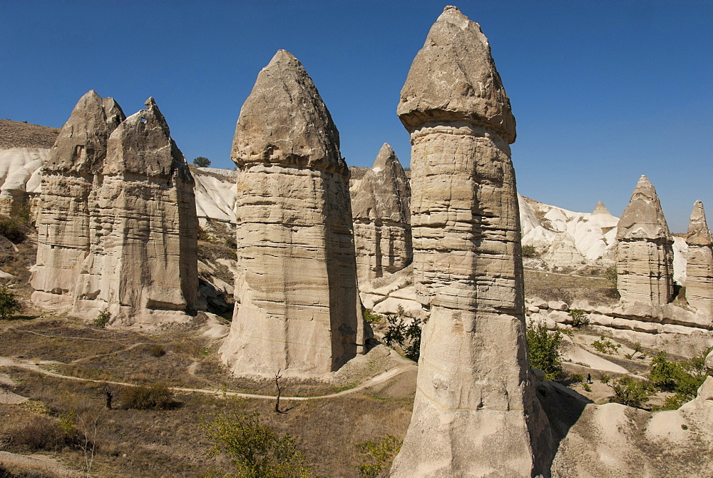 Natural pinnacles in volcanic ash, Zemi Valley, Goreme, UNESCO World Heritage Site, Cappadocia, Anatolia, Turkey, Asia Minor, Eurasia
