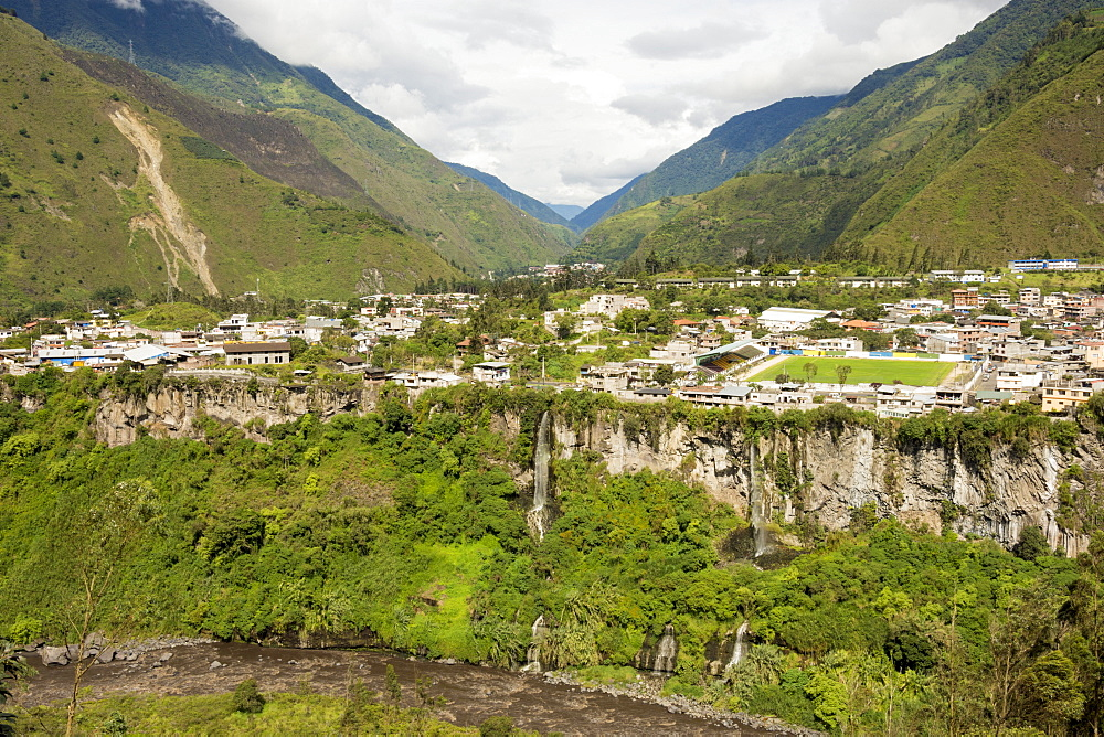 Central highlands, town of Banos, built on a lava terrace, Ecuador, South America - 29-5431