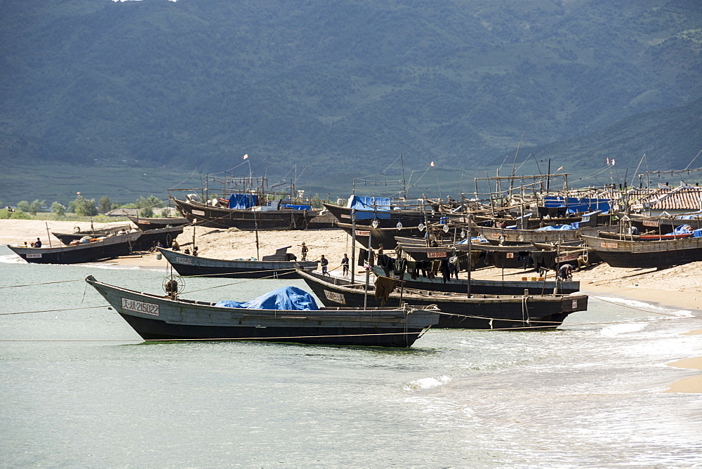 Fishing boats on beach at Yongbun, near Chongjin, Hamgyong Province, North Korea, Asia - 29-5501