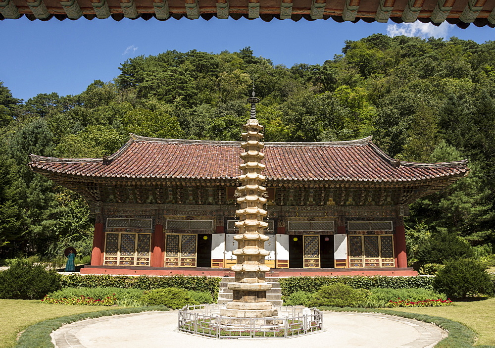 Pohyon Buddhist Temple, Myohyang, North Korea, Asia - 29-5511