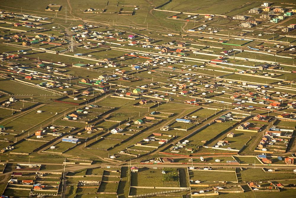 Urban sprawl, ger suburbs of Ulaanbaata, Mongolia, Asia - 29-5520