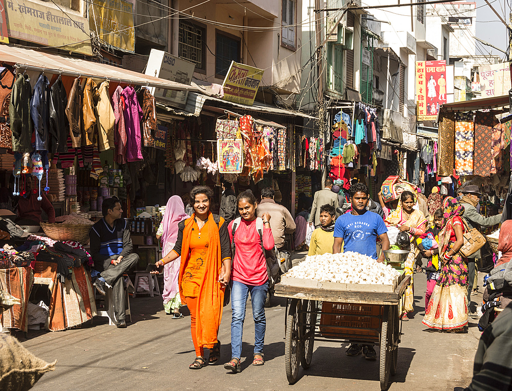 Mandi Market, Udaipur, Rajasthan, India, Asia