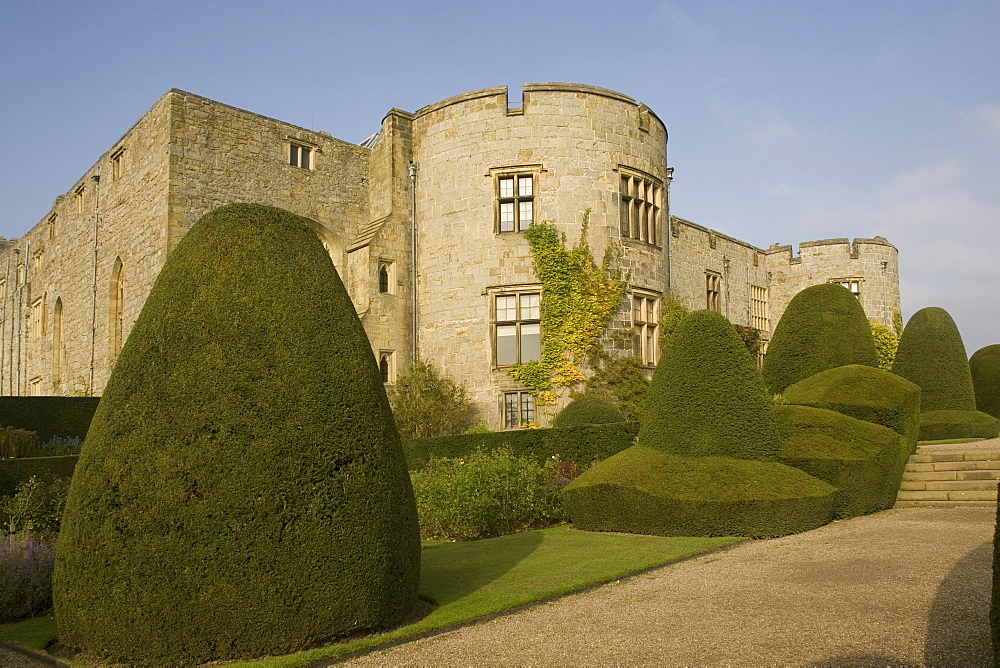 Chirk castle, with topiary, Wrexham, on the border between England and Wales, Wales, United Kingdom, Europe