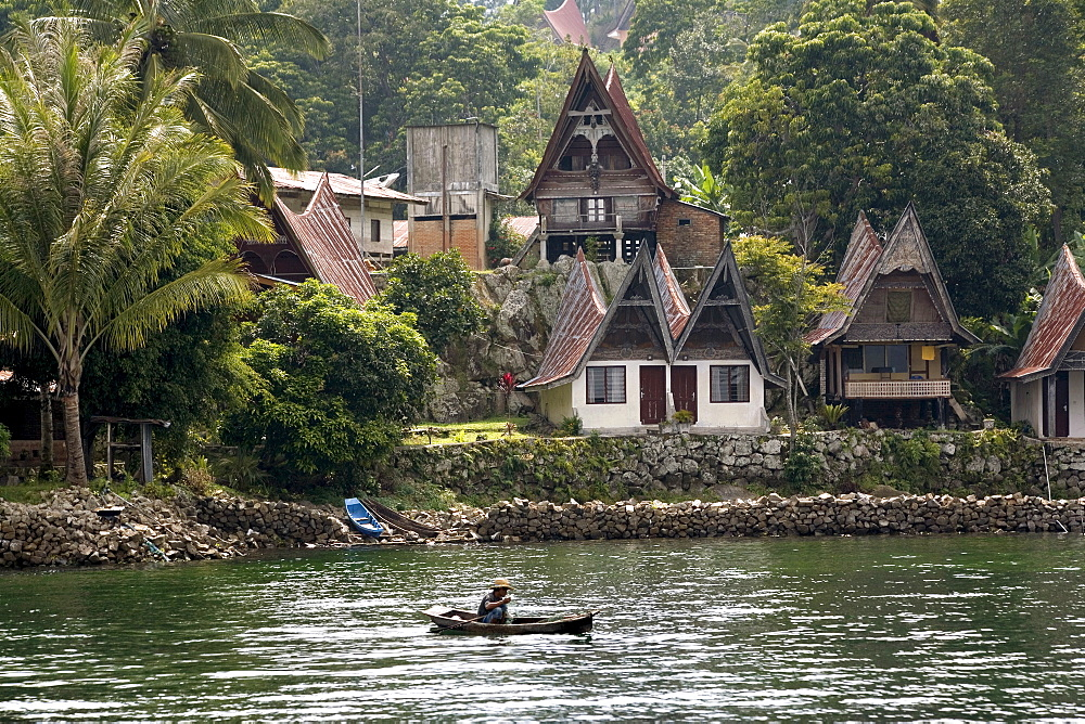 Tuk Tuk, Samosir Island, Lake Toba, Sumatra, Indonesia, Southeast Asia, Asia