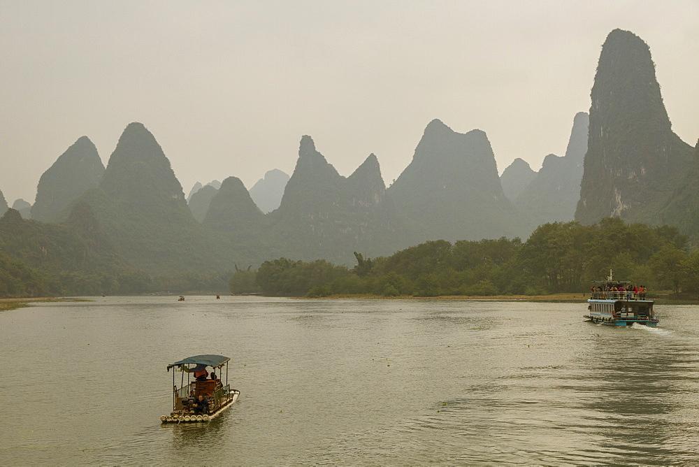 Li River, Guilin, Guangxi, China, Asia