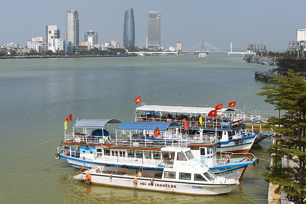 Boats and Song Han River, Danang, Vietnam, Indochina, Southeast Asia, Asia