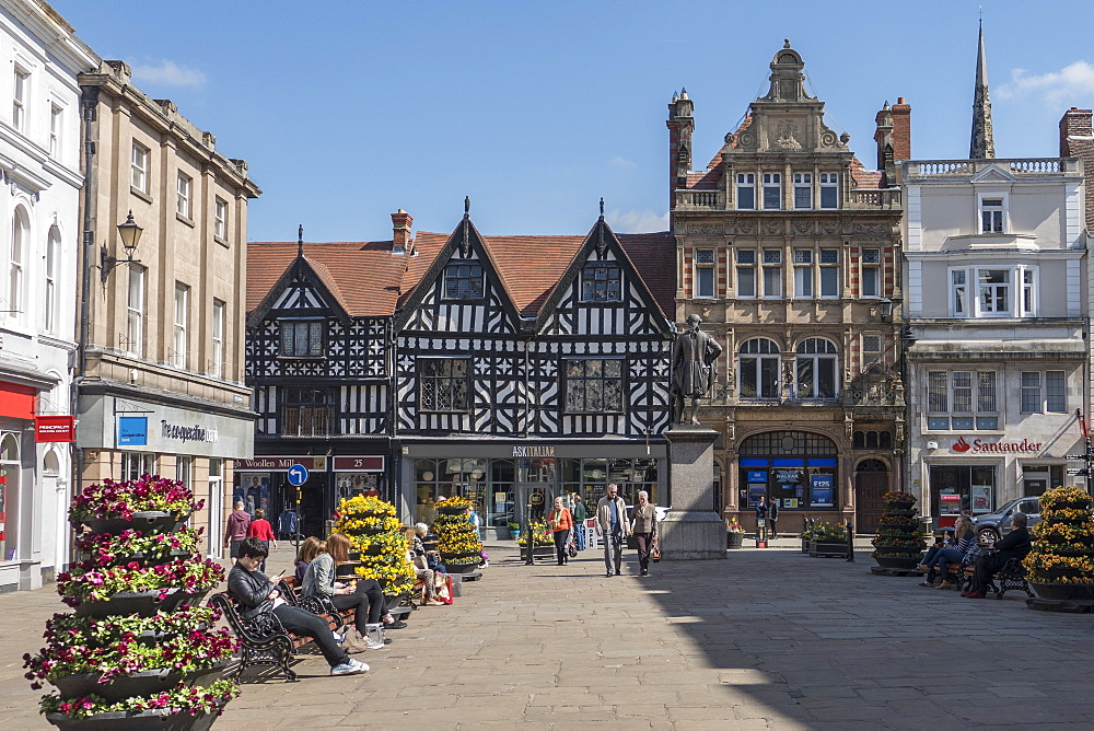 The Square, Shrewsbury, Shropshire, England, United Kingdom, Europe - 306-4351