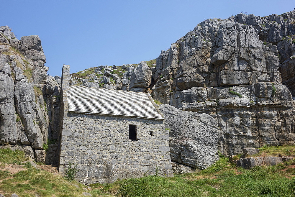 St. Govan's chapel, near St. Govan's Head, Pembrokeshire, Wales, United Kingdom, Europe - 306-4468