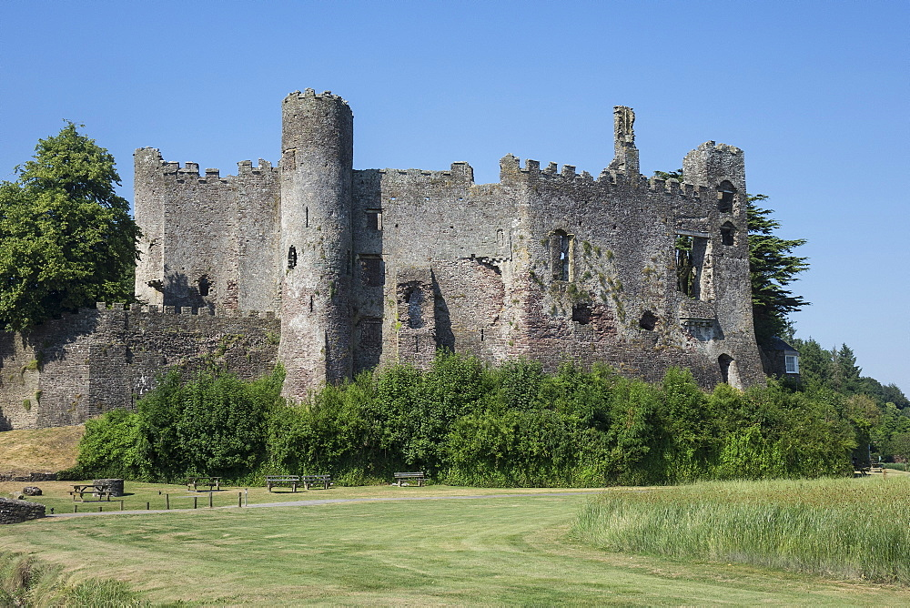 Laugharne Castle, Carmarthenshire, Wales, United Kingdom, Europe - 306-4469